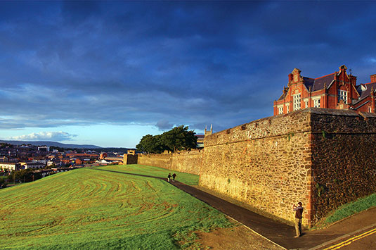 derry-walls-and-bogside-medium-thumb